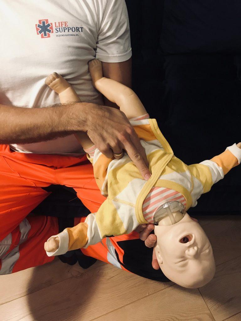 Uczymy ratować - szkolenia - ratownictwo medyczne - ratownictwo wodne - 9