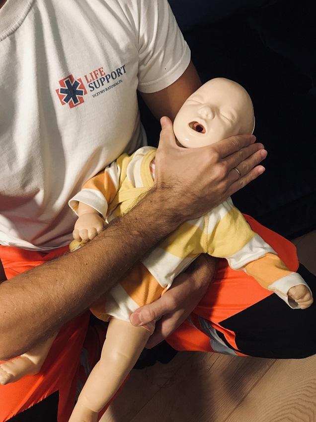 Uczymy ratować - szkolenia - ratownictwo medyczne - ratownictwo wodne - 11